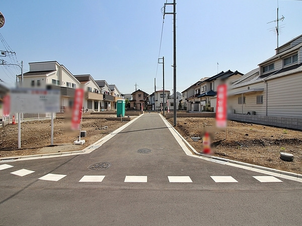 その他前面道路含む現地写真