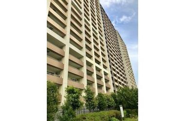 ミッドオアシスタワーズ 1階 3LDK 賃貸マンション