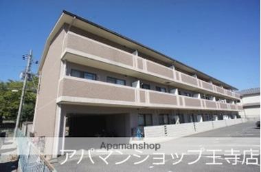 ヤマセン五番館 1階 2LDK 賃貸マンション