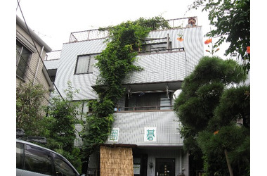 グリーンファミーユ 1階 2LDK 賃貸マンション